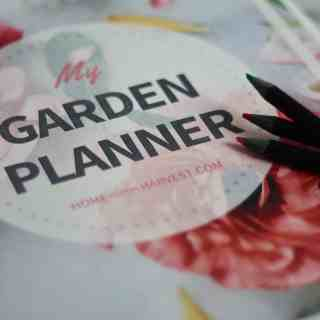 Download your free Garden Planner! This printable is the perfect way to get started gardening.   Home for the Harvest