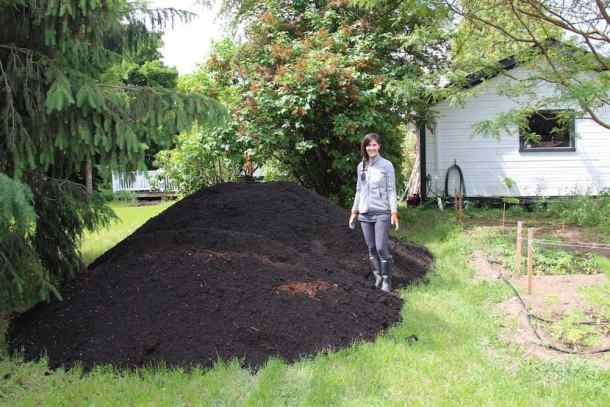Composted mixed yard waste is a wonderful organic garden mulch | Home for the Harvest