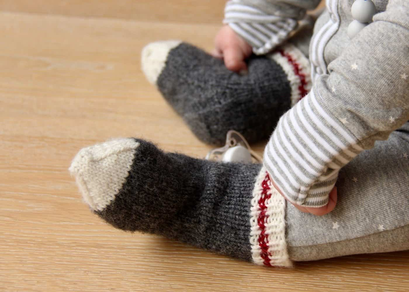 Lumberjack Baby Work Socks: Knitting Baby Socks for a Little Monkey ...