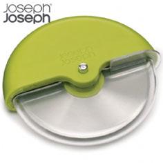 Joseph Joseph Scoot pizza wheel and multi-functional cutter