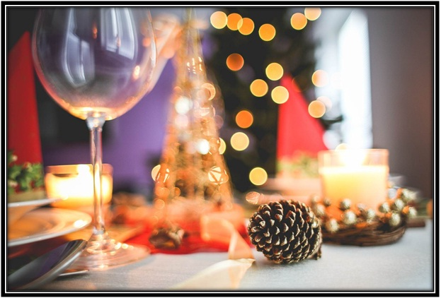 Table Decoration Ideas For Christmas Eve