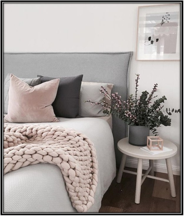 Some-Extra-Cushions-Guest-Room-Decor-Ideas-Home-Decor-Ideas