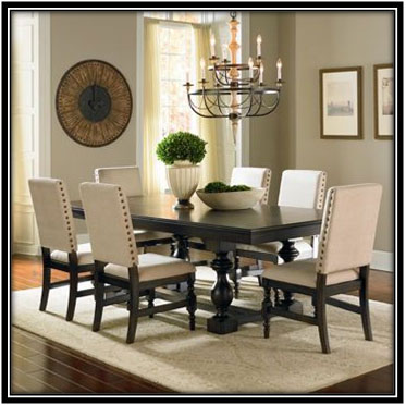Subtle Dining Space Dining Room Decoration Ideas