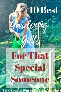 10 best gardening gifts for mom or that special someone. Do you have a special gardener in your life? Show them you love them by getting any of these 10 best gardening gifts!