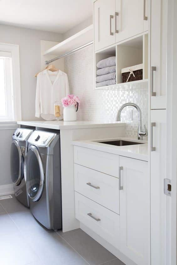 Use A Classic Concept For Small Laundry Room Ideas