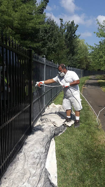 fence spraying