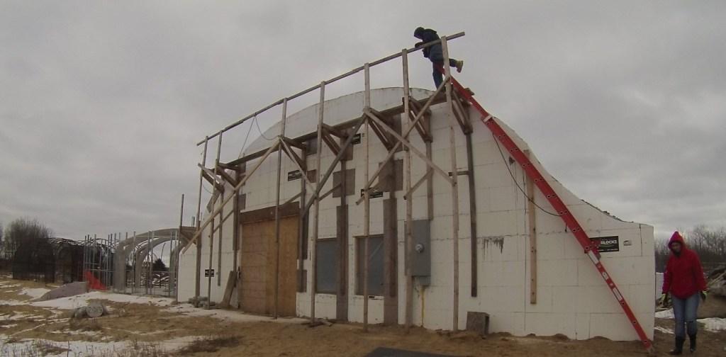2016-01-16_NorthWallScaffolding (Medium)