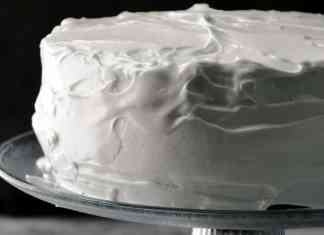 Old fashioned fluffly frosting