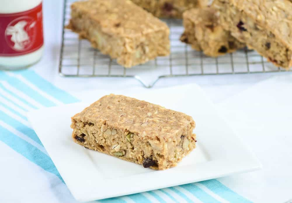 Soft & Chewy Muesli Breakfast Bars