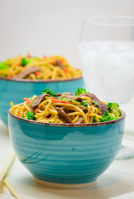 Dinner's on the table in 20 Minutes with this Beef and Broccoli Lo Mein