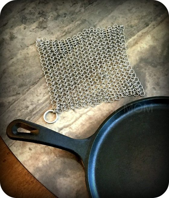 How to Clean and Season Cast Iron | #IronGalleryProductsCom Cast Iron Chainmail Scrubber Review