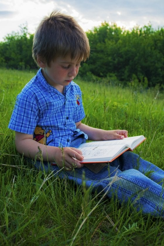 Benefits of Reading With Your Kids, Plus Tips!