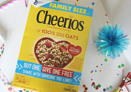 Giving the Gift of Cheerios™ and Birthday Breakfast Cookies in a Jar