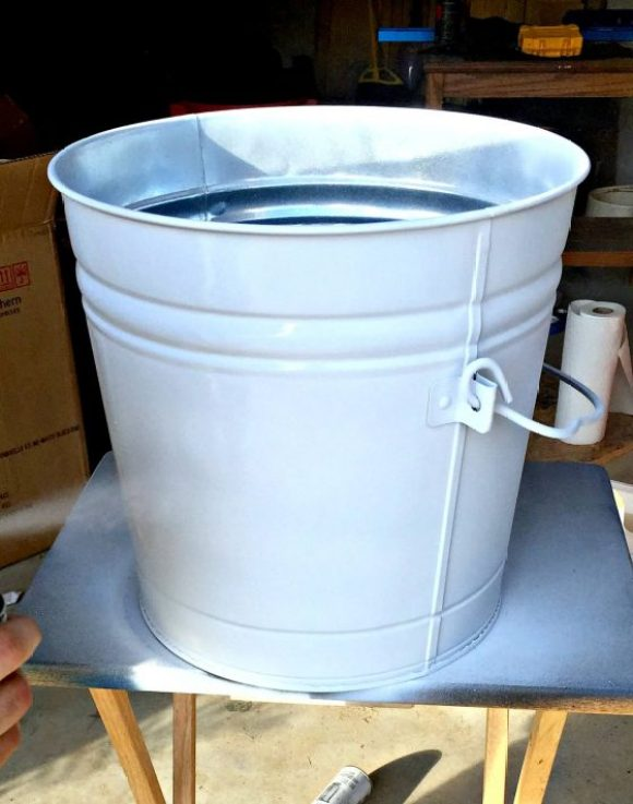 primer-the-cat-food-storage-container