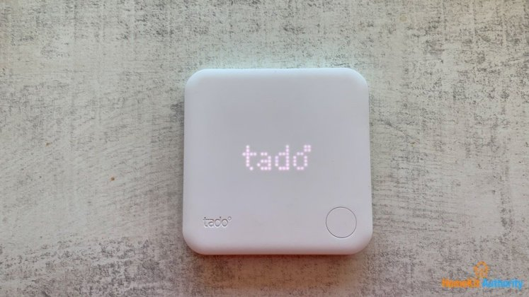 tado smart thermostat display