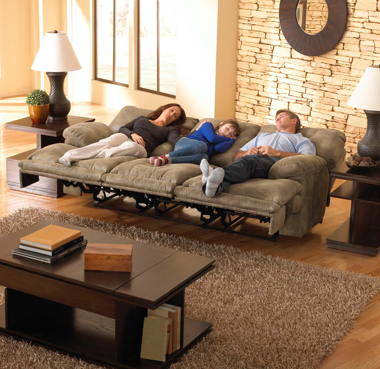 Catnapper Voyager Lay Flat Sofa With 3 Recliners And Drop