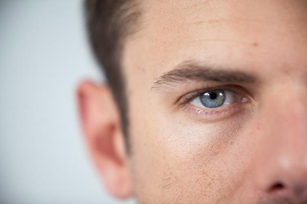 Aparência mais natural com lentes de contato