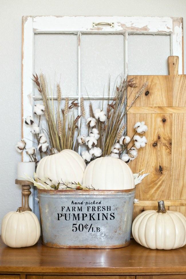 Farmhouse Pumpkin Bucket