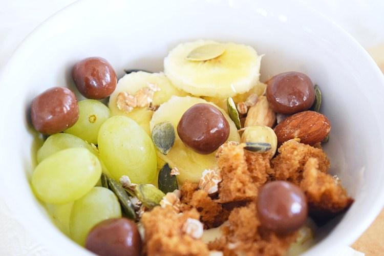 Kwark ontbijtkoek bowl