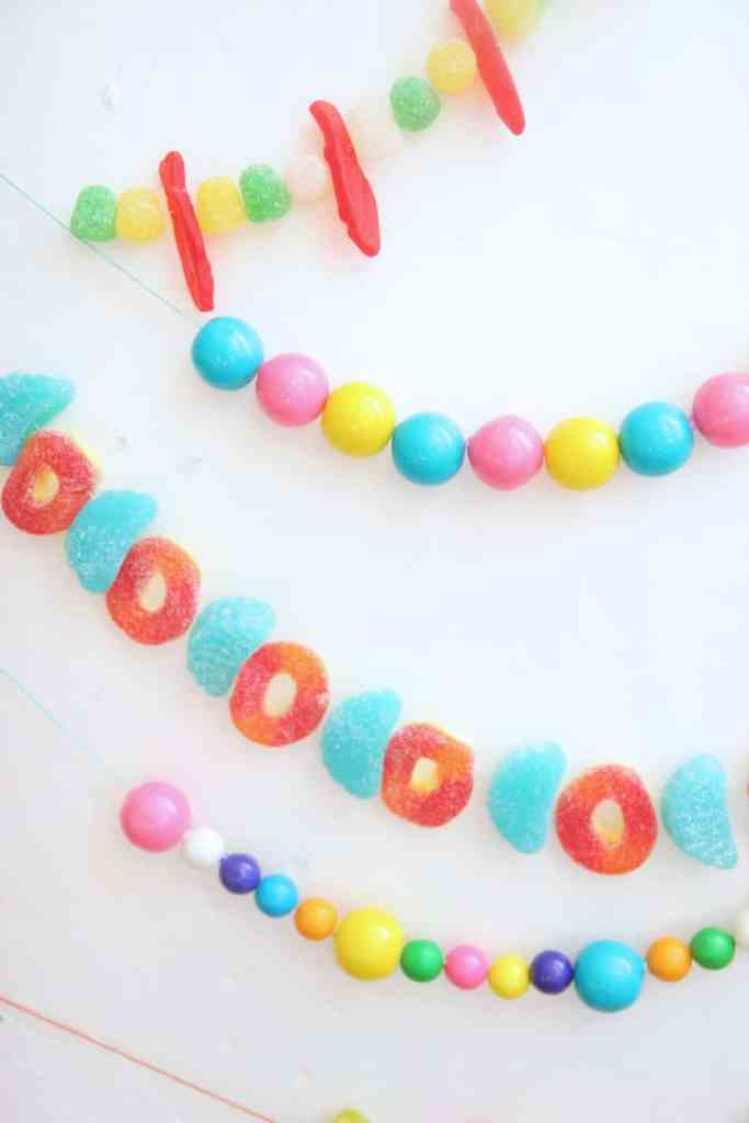 Learn how to make a candy garland in just a few easy steps. These candy garlands are perfect for a birthday party and they only cost a few dollars!
