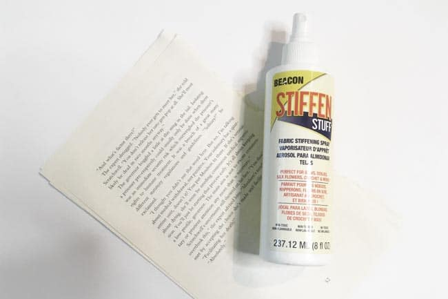 There are many different ways to stiffen paper for crafting. Depending on how stiff you need your paper to be for your specific crafting needs, you can make your own stiffener. Here are 6 different ways to stiffen paper for crafts!