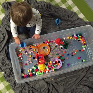 Cabin Fever Crafts: Craft Pom Pom Sensory Bin