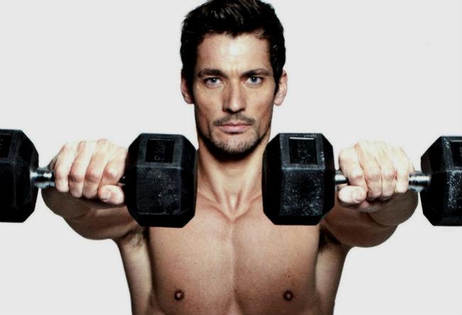 O top model inglês David Gandy conta como é sua rotina na academia e dá dicas sobre as melhores táticas de treino