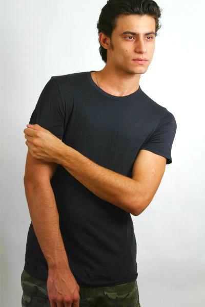 Homem No Espelho - Moda masculina - Camiseta básica