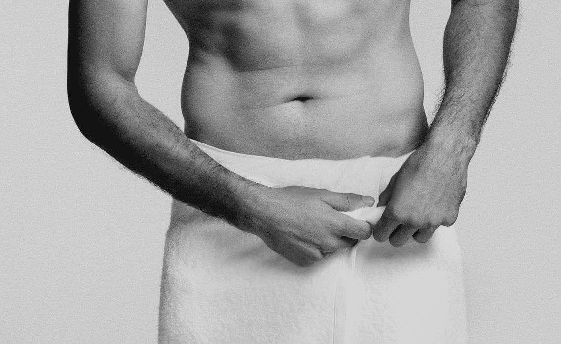 Homem-No-Espelho-Cuidados-de-higiene-com-o-pênis