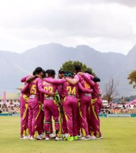 Faf leads from the front as Rocks climb to third place