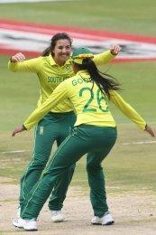 Luus shines as Proteas women clinch T20 series