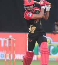 Manish Pandey stars as Panthers score first win