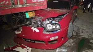 Cricketer Shoaib Malik's car hits truck as cricketer leaves PSL draft in Lahore