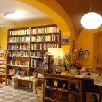 libreria_namaste_tortona_interni1