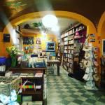 libreria_namaste_tortona_interni2