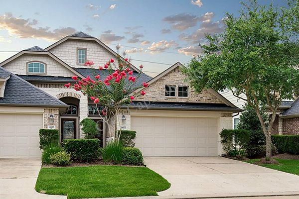 coles crossing townhomes cypress