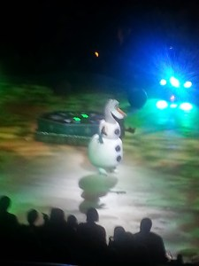 We saw Disney Frozen on Ice with our CC Group!!