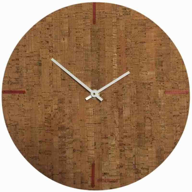 Klok van kurk en hout van bomerango | homeseeds.nl