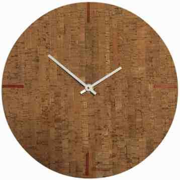 Klok van kurk en hout van bomerango | Cork Clock | homeseeds.nl