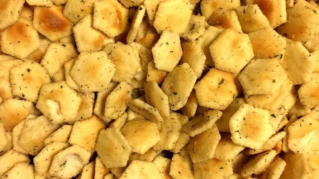 Seasoned oyster crackers | Homesick Texan