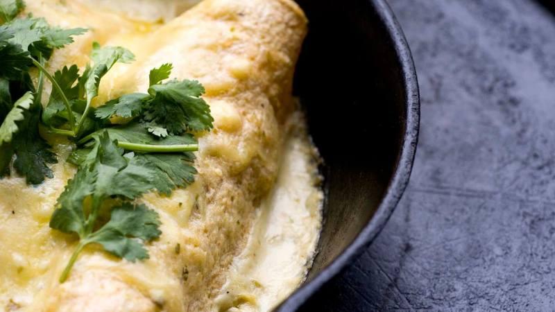 Sour cream chicken enchiladas | Homesick Texan