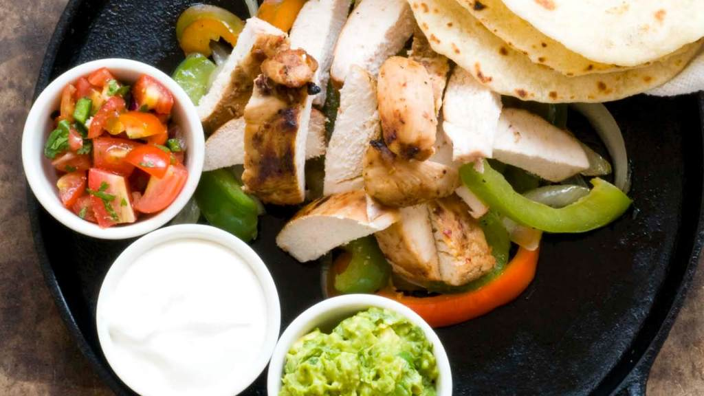 Chicken fajitas | Homesick Texan