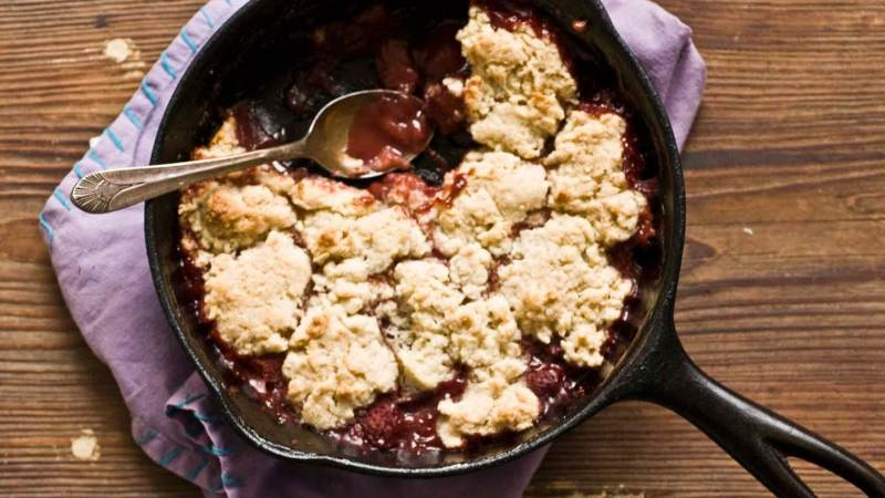 Strawberry cobbler | Homesick Texan