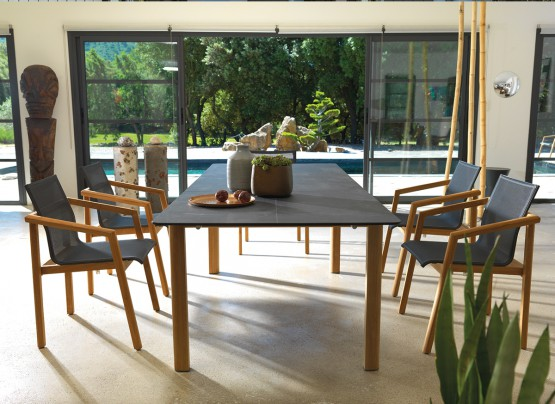 LES JARDINS COLLECTION :TEKURA TABLE AND CHAIRS.