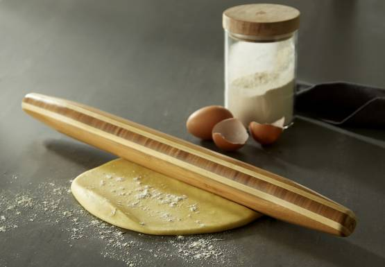 TOTALLY BAMBOO PASTRY ROLLER