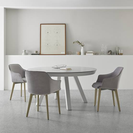 ESLA TABLE AND KEDUA CHAIRS BY MOBLIBERICA