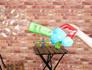 bubble leaf blower machine in action blowing bubbles