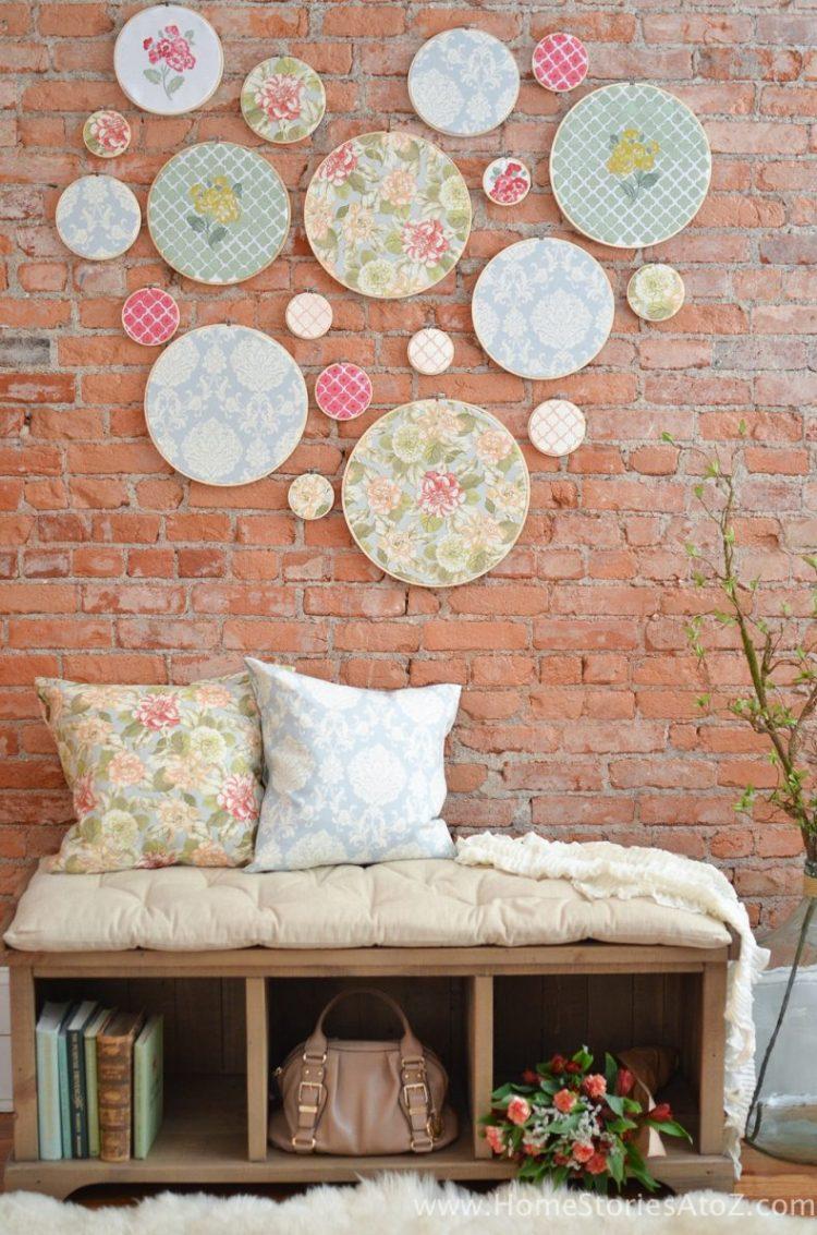 embroidery hoop wall art-9 farmhouse chic decor ideas