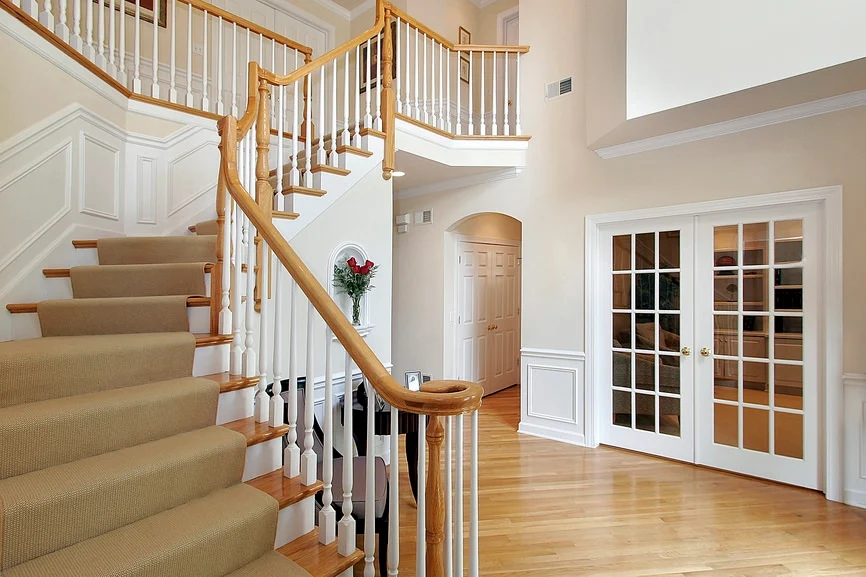 20 180 Degree Turn Staircase Ideas Photos   Carpet In Middle Of Stairs   Exposed Tread   Hardwood   Wood   Victorian   Popular