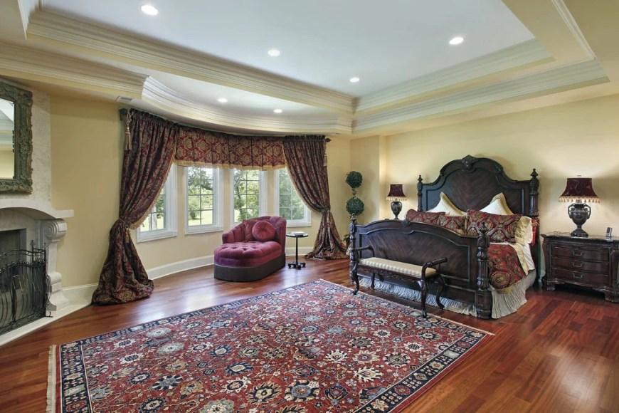 Master Bedroom (330)